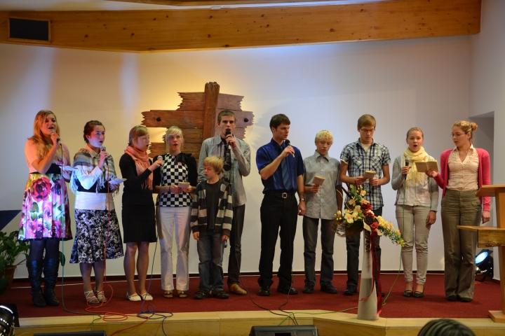 SAM 8928 Noored käisid Tšehhimaal esinemas