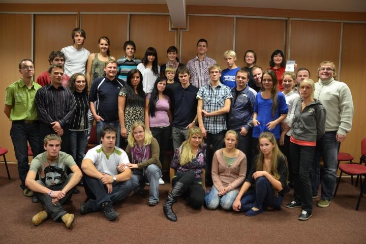 SAM 9208 Noored käisid Tšehhimaal esinemas
