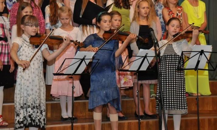 laul 714x428 Kaheteistkümnes laste laulupäev oli Põltsamaal